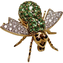 Vintage 18K Diamond Tsavorite Garnet Bee Insect Pin