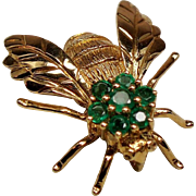 Vintage 18K Gold Emerald Bee Pin Pendant