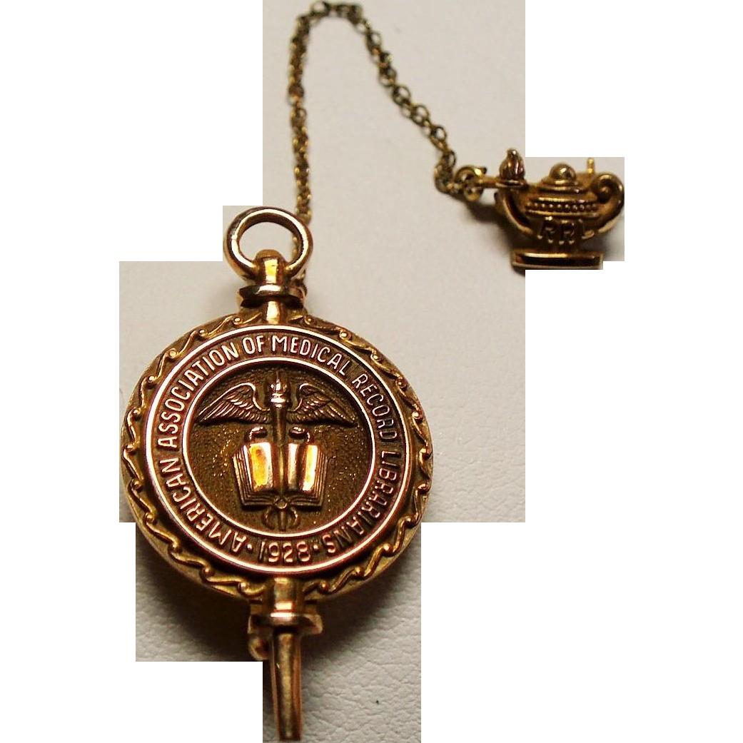 Vintage American Association of Medical Record Librarians 10K Gold Pin Badge