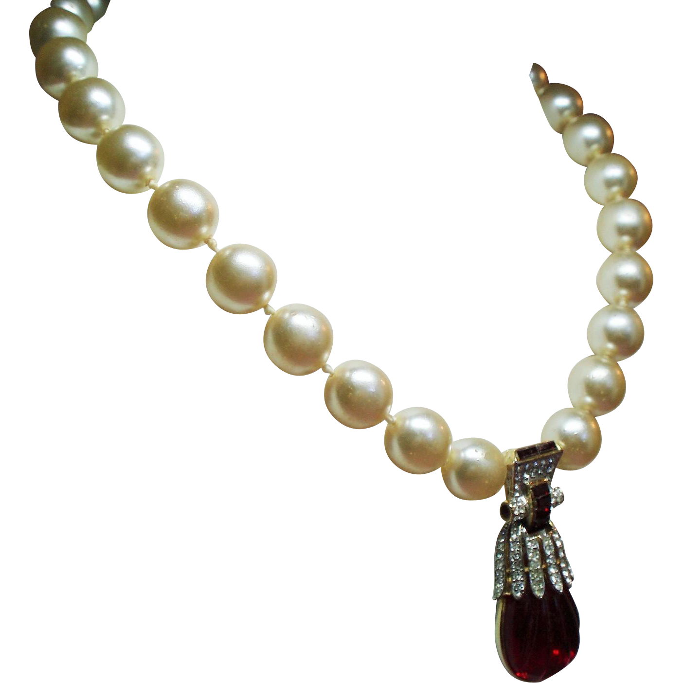 Vintage Ben Amun Faux Carved Ruby Red Jewel Pearls Drop Pendant Necklace
