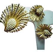 Vintage Boucher Simulated Petite Pearl Shell and Plume Brooch Earrings Set