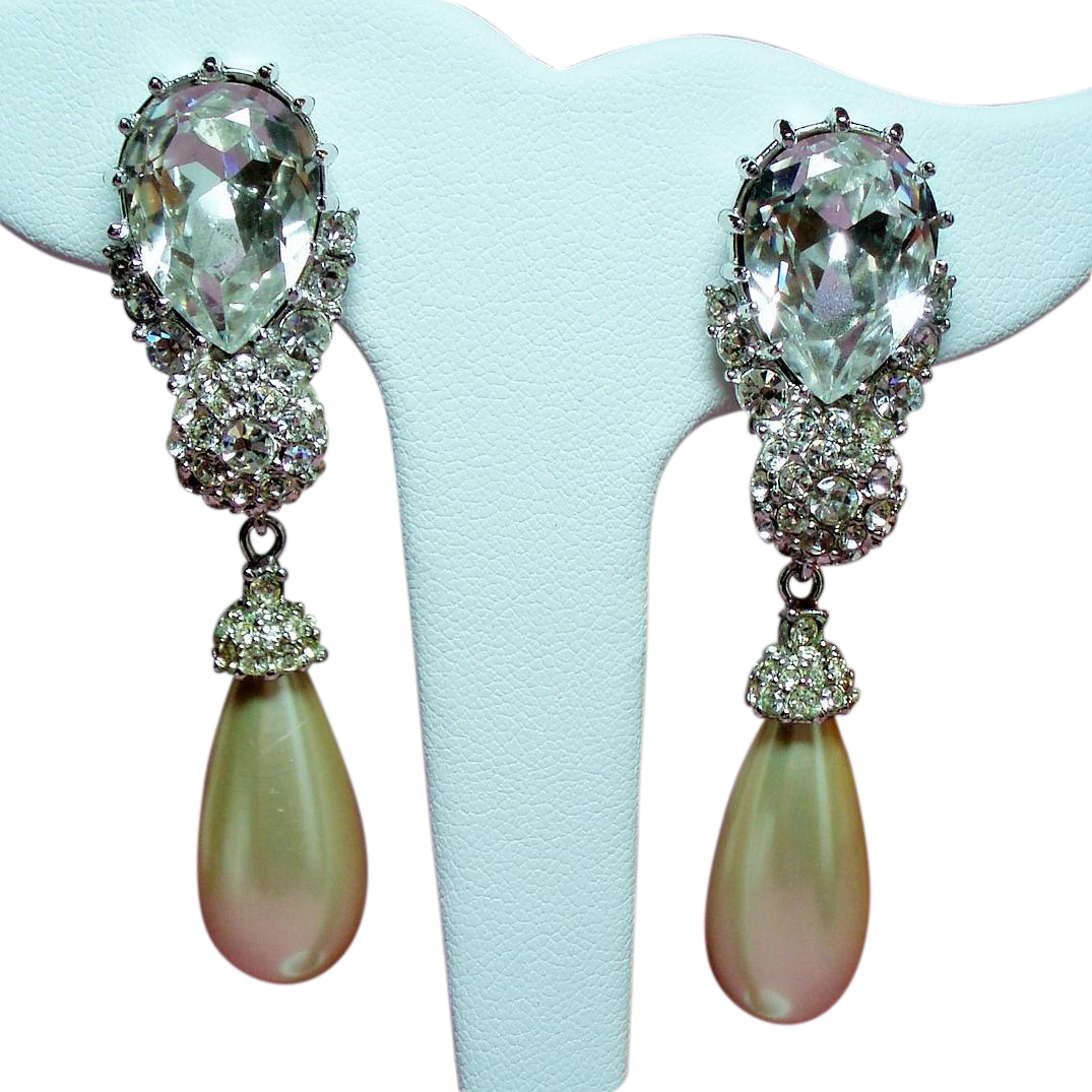 Vintage Ciner Huge Pear Rhinestone Long Drop Simulated Pearl Earrings