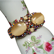 Vintage D&E Juliana Large Creamy Butterscotch Art Glass Rhinestone Clamper Bracelet