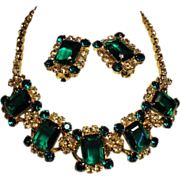 Vintage D&E Juliana Emerald Green Jonquil Rhinestone Necklace Earrings Demi Parure