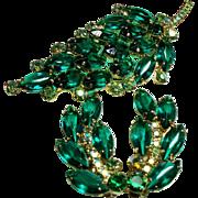 Vintage D&E Juliana Emerald Green Navette Rhinestone Brooch Earrings Demi Parure
