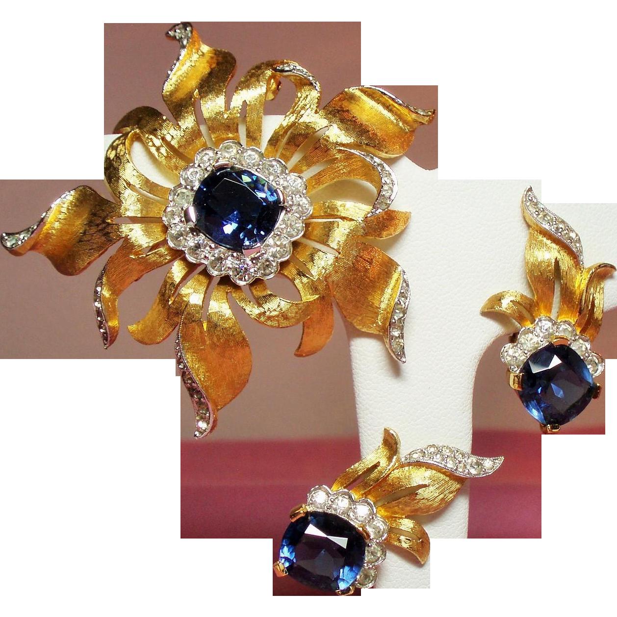 Vintage Jomaz Cushion Cut Faux Sapphire Diamante Brooch Earrings Demi Parure.