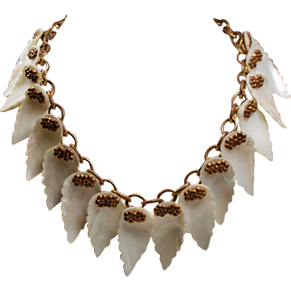 Vintage Dangling Carved Mother of Pearl Shell Leaves Necklace