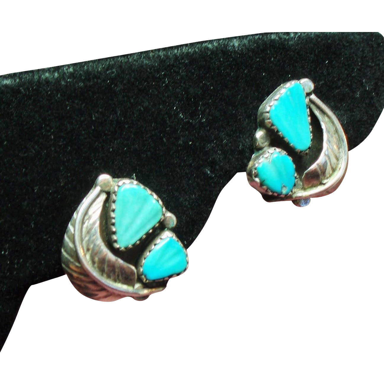 Vintage Native American Navajo Carved Turquoise Sterling Earrings