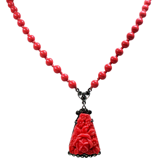 Vintage Art Deco Sterling Germany Tomato Red Molded Glass Flowers Pendant Bead Necklace