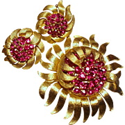Vintage Trifari Fuchsia Rhinestone Sun Flower Brooch Earrings Demi Parure