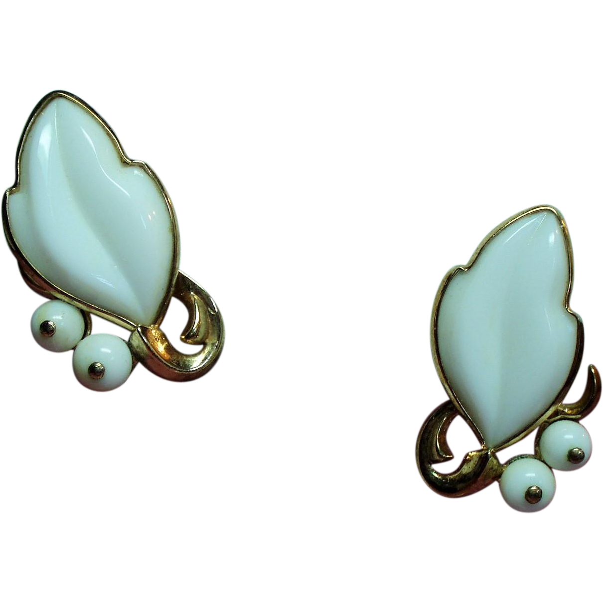 Vintage Trifari White Poured Glass Leaf Earrings