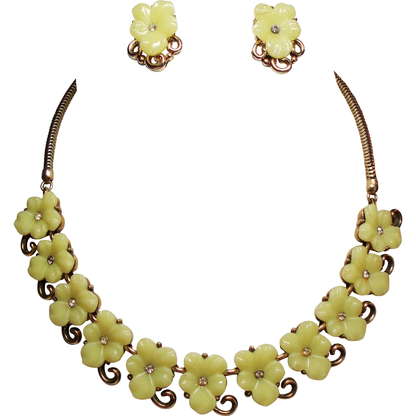 Vintage Trifari Yellow Molded Carved Glass Flower Necklace Earrings Demi Parure