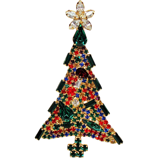 Vintage Unsigned Dominique Vivid Rhinestone Christmas Tree Brooch
