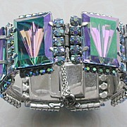 Reversed Carved Glass Rhinestone Hinged Bracelet
