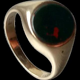 9ct Gents Bloodstone Signet Ring - London 1954