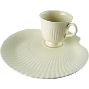 Wedgwood Nautilus Shell Cup & Snack Plate Set