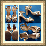 Elegant Vintage 1930s 1940s Satin Wedding Bridal Heeled Shoes