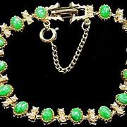 Pretty Vintage Bracelet Faux Jade & Faux Pearls