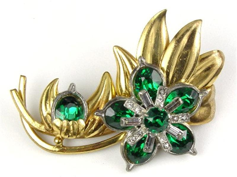 Gorgeous Emerald Green RS Floral Brooch