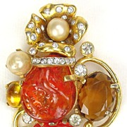 GORGEOUS  Art Glass Brooch by Castlecliff