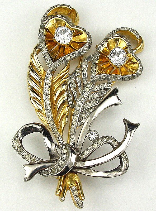 Unique Rhinestone Floral Brooch in Heart Shape