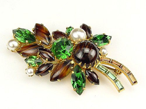 Leaf Brooch Green RS, Faux Pearls Striped Topaz Cabs