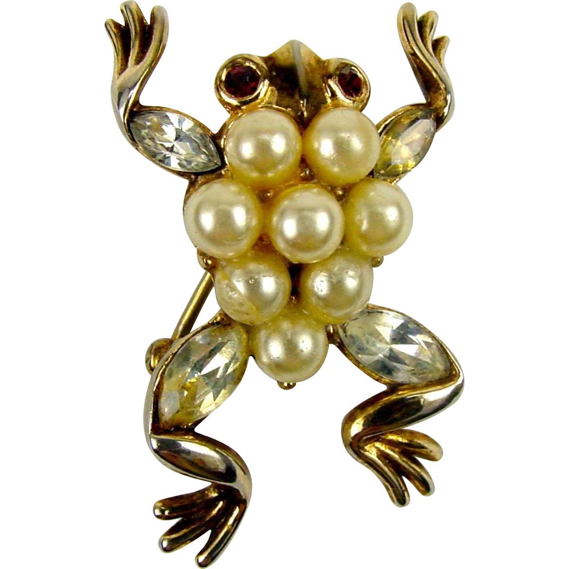 Alfred Philippe Trifari 1952 Patented Faux Pearl + RS Frog Brooch