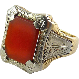 Antique C1915 Yellow & White Gold Ring with Carnelian, 4.1 Grams, Edwardian/Art Deco