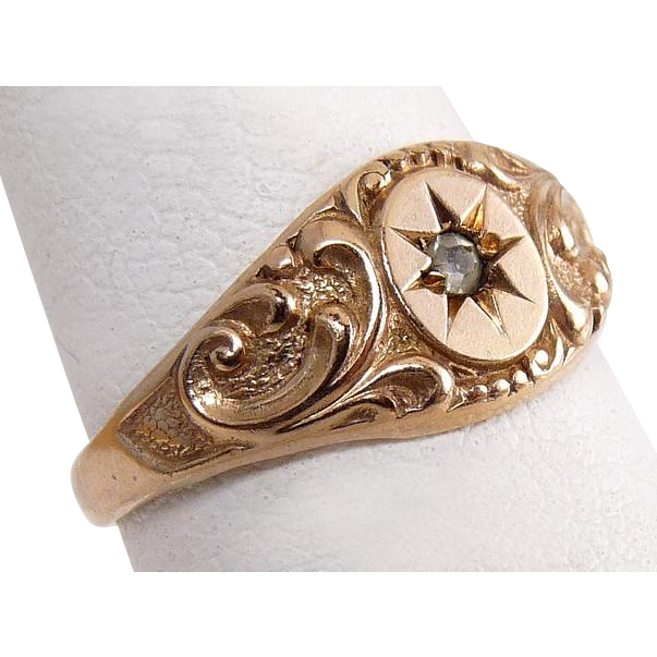C1920 Rose Gold Shell Baby's Ring - Scrolls & Crystal Stone in Starburst Cutting
