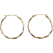 14K Large Twisted Round Hoop Earrings with Diamond Cutting