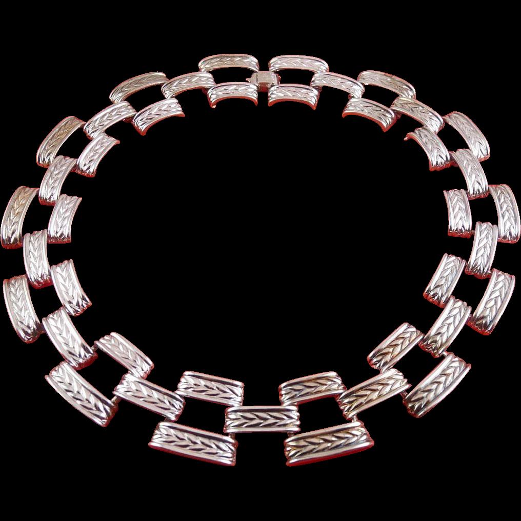 Vintage Anne Klein Silver Chevron Links Collar Necklace