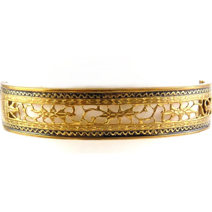 C1930 Gilt Brass Hinged Bangle, Pierced Floral Panel