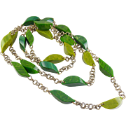 """Vintage 60"""" BAKELITE Marbled Green Tones Chunky Carved Beads & Chain Necklace"""