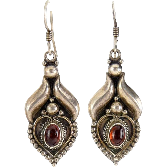 Bali Sterling Silver Heart Blossom Earrings with Garnets - Pierced