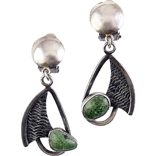 Modernist Sterling Silver & Green Turquoise Dangling Leaf Earrings - Clip On