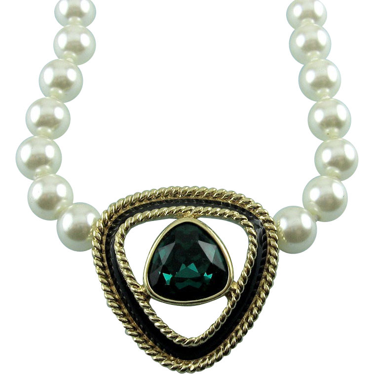 SWAROVSKI Emerald Green Triangle Crystal & Hand Knotted Glass Pearl Necklace