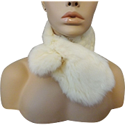 Vintage 1940s White Rabbit Fur Collar
