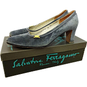 Salvadore Ferragamo Grey Suede Leather Shoes Pumps Vintage 1980s Box Italy Italian