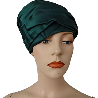 Marshall Field Green Satin Turban Hat Vintage 1960s Ruched Bow Holiday Party