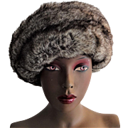 Vintage 1970s Womens Faux Fur Hat