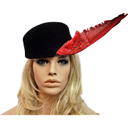 Italian Avant Garde Womens Hat Vintage 1940s Black Velour Red Bird Wing Feather Great Tags