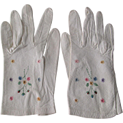 Italian Kid Leather Gloves Wristlet Floral Embroidery