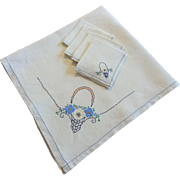 Vintage 1930s Linen Tea Tablecloth Napkins Set Flower Basket Embroidery Applique