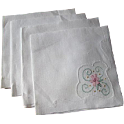 Set 4 Tea Table Napkins Vintage 1930s White Over Applique Pink Flowers Rice Linen