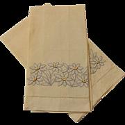 Linen Daisy Guest Towels Vintage 1940s Yellow Applique Pair