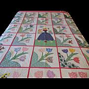 Vintage 1930s Appliqued Feedsack Quilt Sunbonnet Sue Tulips Colorful Spring Flowers Pink Border