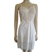 Vanity Fair Vintage 1950s Full Slip Negligee Lingerie Wide Lace Nylon Bridal Wedding
