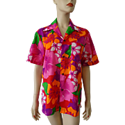 Womens Hawaiian Shirt Vintage 1970s Bright Colorful Floral Polynesian Bazaar Waikiki Hawaii