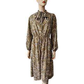 Paisley Lurex Vintage Dress Bow Neck Pussybow 1970s Shimmery Gold Metallic