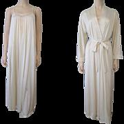 Ivory Vanity Fair Peignoir Lingerie Set Vintage 1970s Grecian Goddess Nightgown Negligee Robe Belt Wedding Bridal